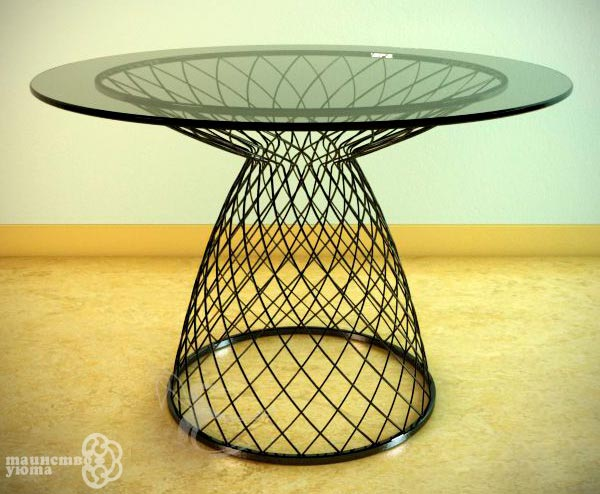 журнальный столик стекло металл в интерьере