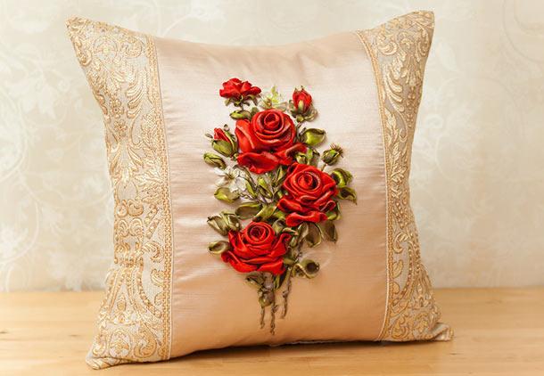 чем декорировать подушку