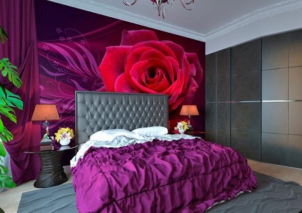 оформление стены у изголовья кровати в спальне
