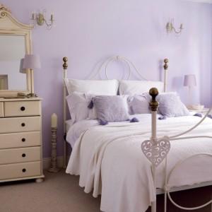 lilac-bedroom