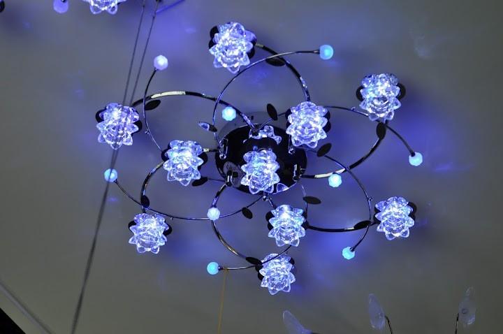 Потолочные светильники и люстры купить в интернет