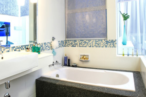 1309345180_how_to_choose_an_interesting_interior_bathroom