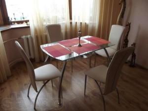 106339099_2_644x461_prodam-nabor-dlya-kuhni-stol-i-stulya-fotografii